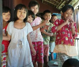 School Children Singing to us.