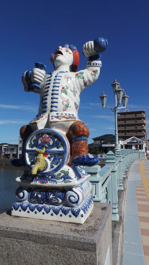 Bridge Statue