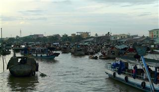 Cai_Rang_Floating_Market_6