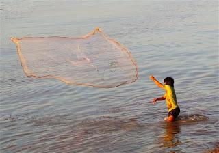 Hpa an River fishing