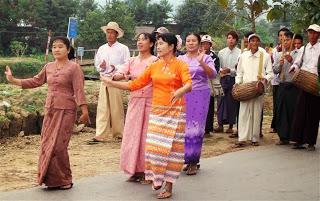 Village Parade Dancers