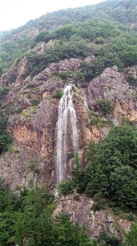 Waterfall Near Jinan