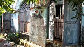 Yangon's Crumbling Buildings