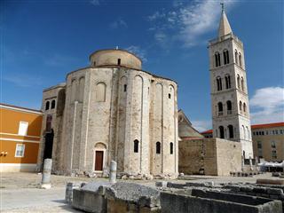dar- St. Donatus Church