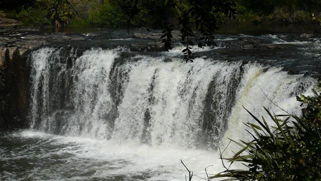 Hararu Falls