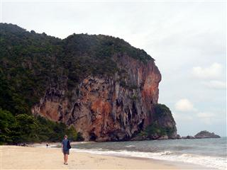 Tham Phra Nang Bay Railey