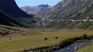 Climb up to Gotthard Pass