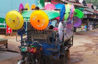 Parasol Vendor
