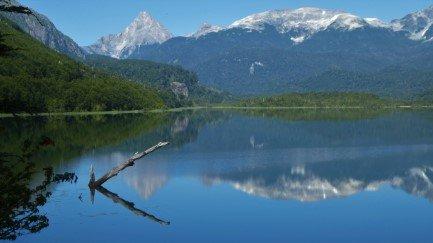Las Torres Lake