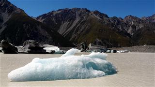 Lake Tasman Icebergs